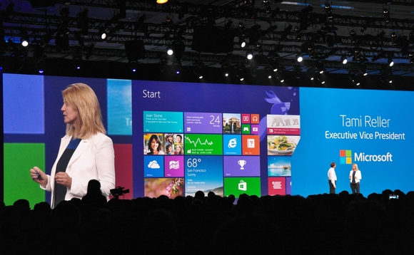 Windows 8 licence sales lag behind Windows 7 at same stage