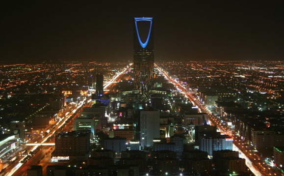 Saudi Arabia hit by wave of cyber attacks, Iran blamed