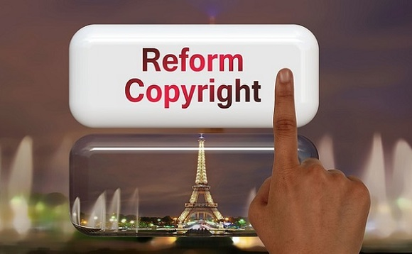 New copyright reform binds online platforms to sign licensing agreements with artists, musicians, news publishers, and authors. Image via Pixabay