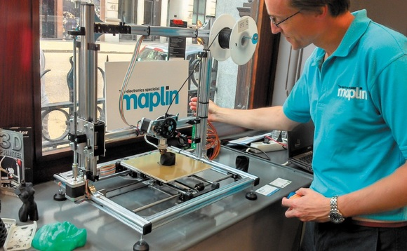 Maplin store staff demonstrate a 3D printers