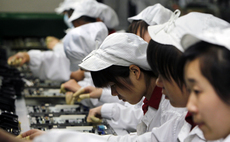 Foxconn to cut 10,000 jobs in 2018 as its Innolux display business brings in the robots