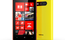 Delta buys 19,000 Nokia Lumia 820s, gives Windows Phone 8 a business boost
