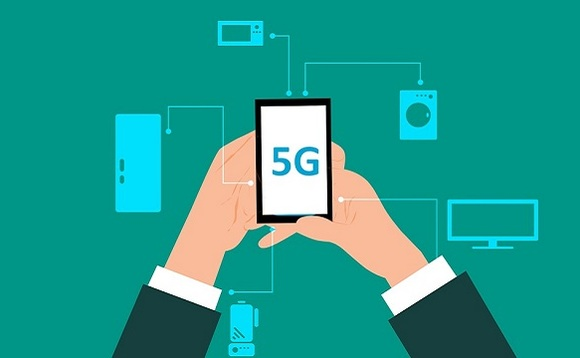Researchers have found three security flaws that affect both 4G and upcoming 5G mobile networks.
