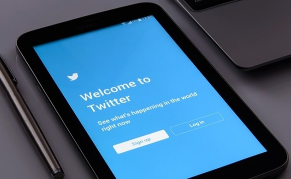 Twitter says several fake accounts exploited Twitter's API to access user information