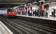 Privacy warning over TfL plans to track tube passengers via WiFi