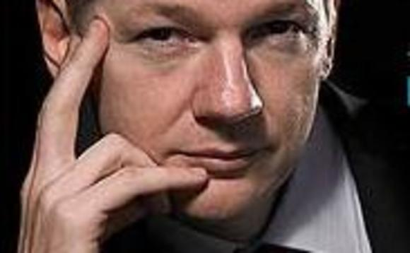 Julian Assange publishes details of iPhone and Mac security flaws after Apple eschews Wikileaks' help