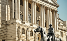 Bank of England to employ hackers