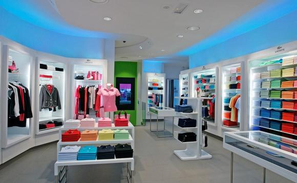 Should fashion retailers gear up their stores for mobile and wearable tech?