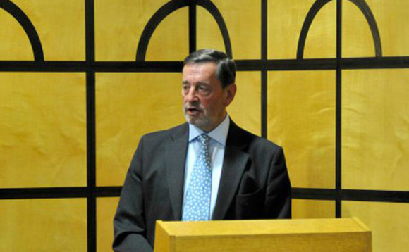 Blunkett: France tapped UK government emails